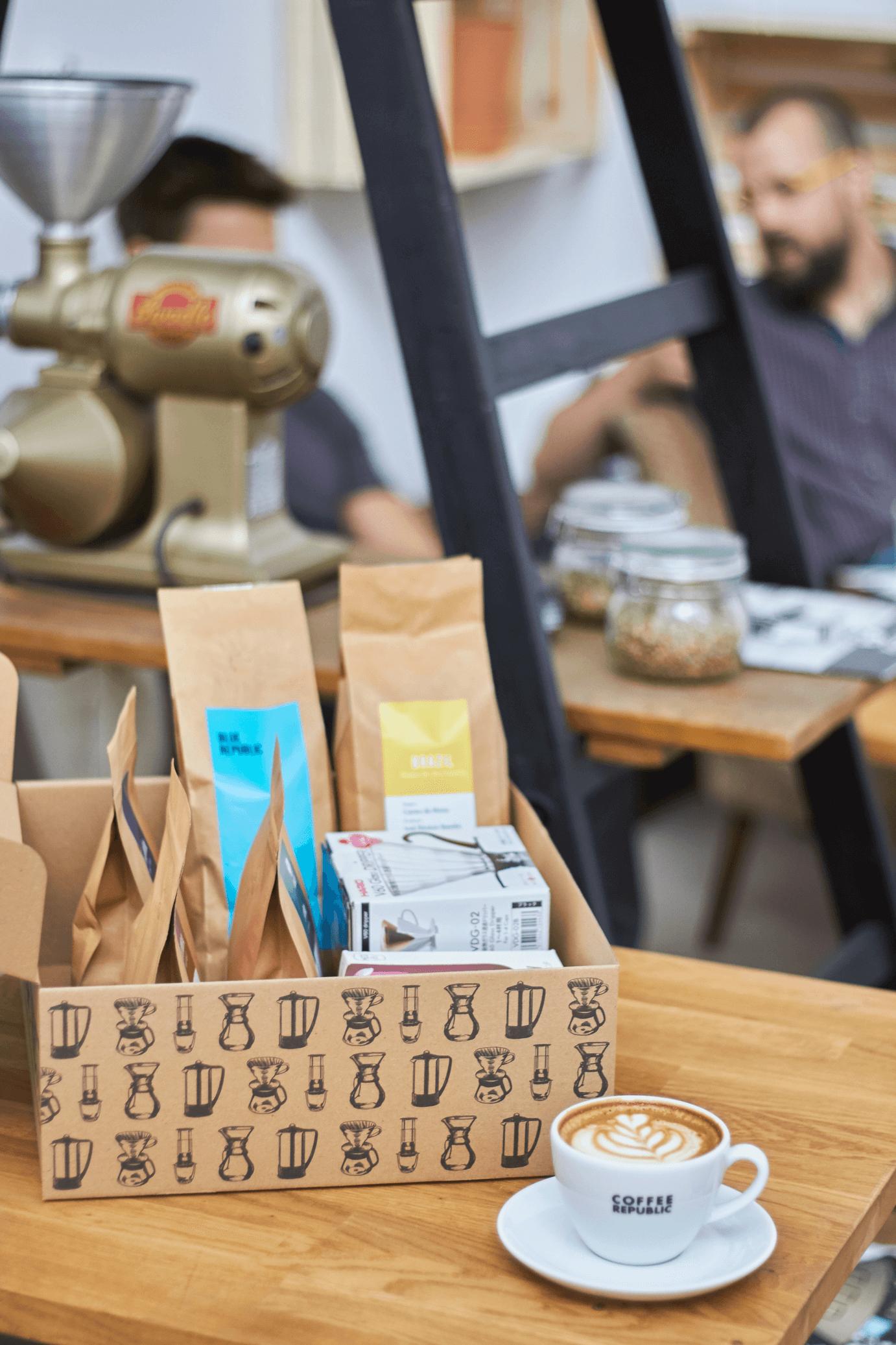 přepravní krabičky coffee republic