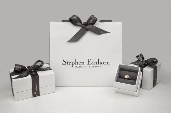 Ensemble de packaging Stephen Einborn : sac et boîtes en carton de luxe