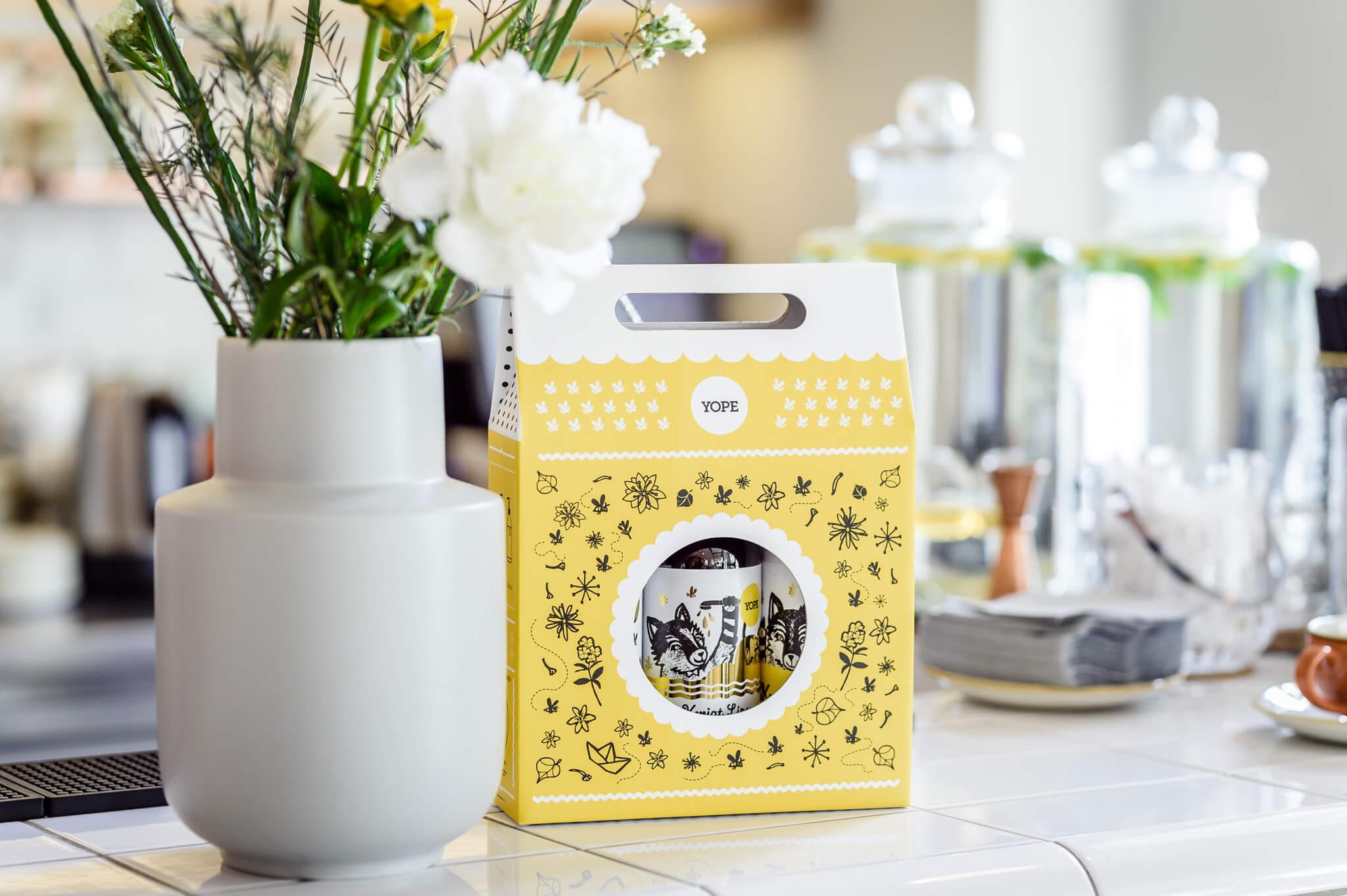 Packaging personnalisé Yope et pot de fleurs