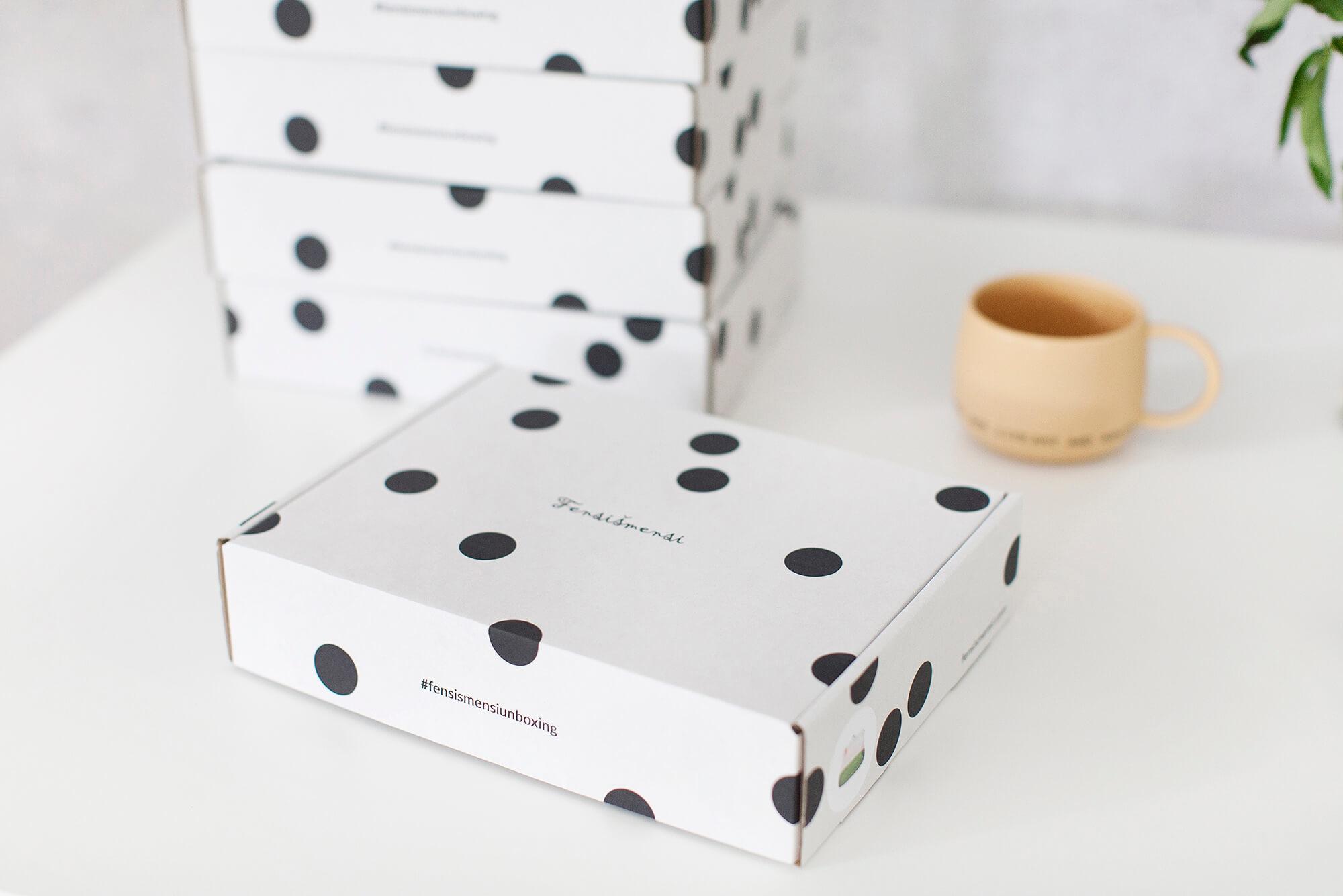 pudełka z własnym nadrukiem fensimensi