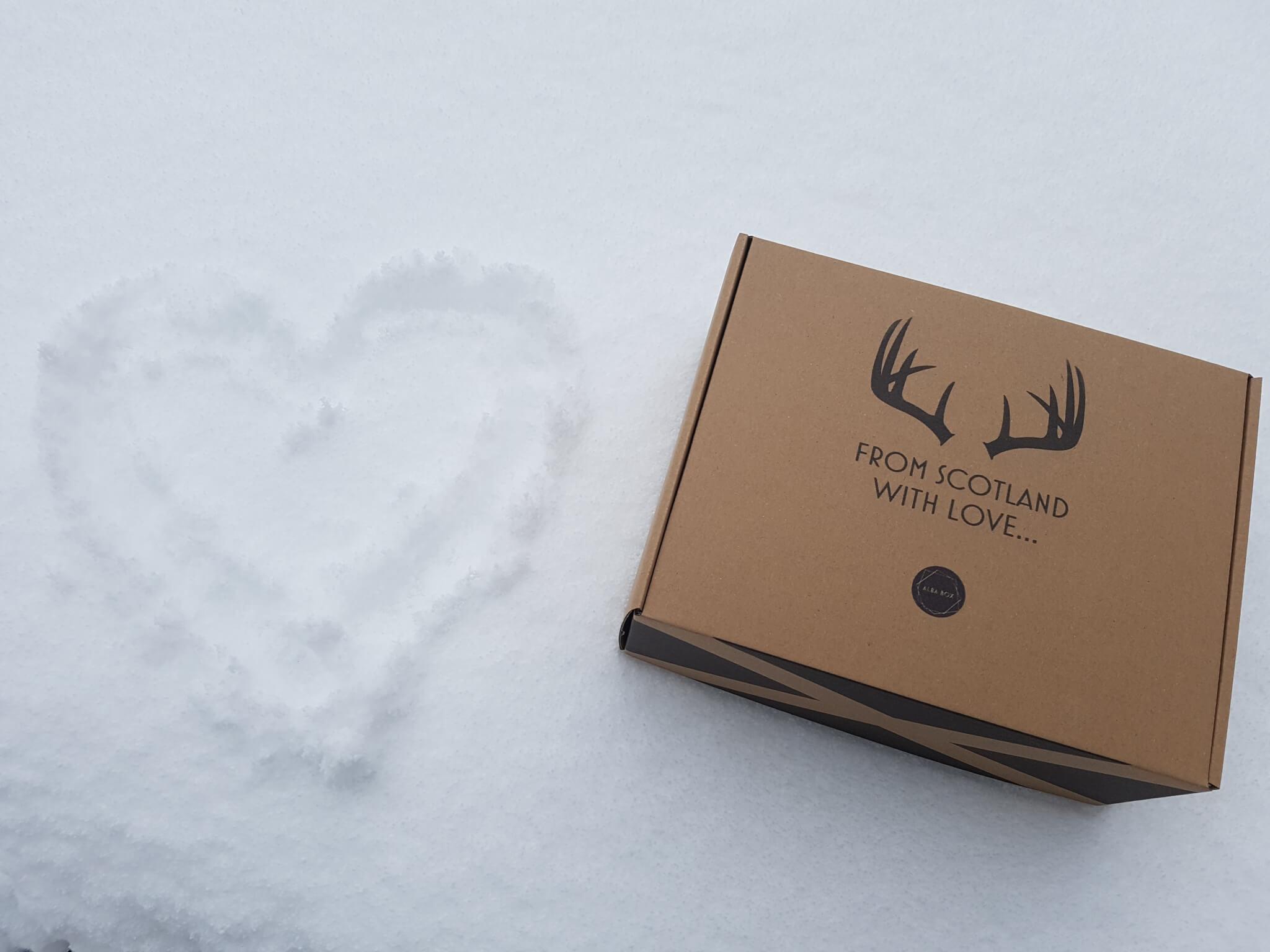Boîte d'Expédition Eco pour Alba Box qui vend des spécialités écossaises