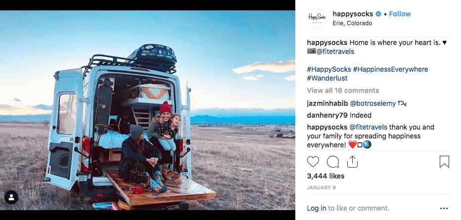 Compte Instagram de Happy Socks avec une photo de van