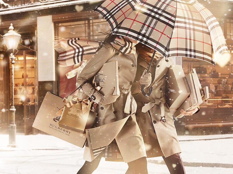 Publicité Burberry, une marque de mode au branding bien travaillé