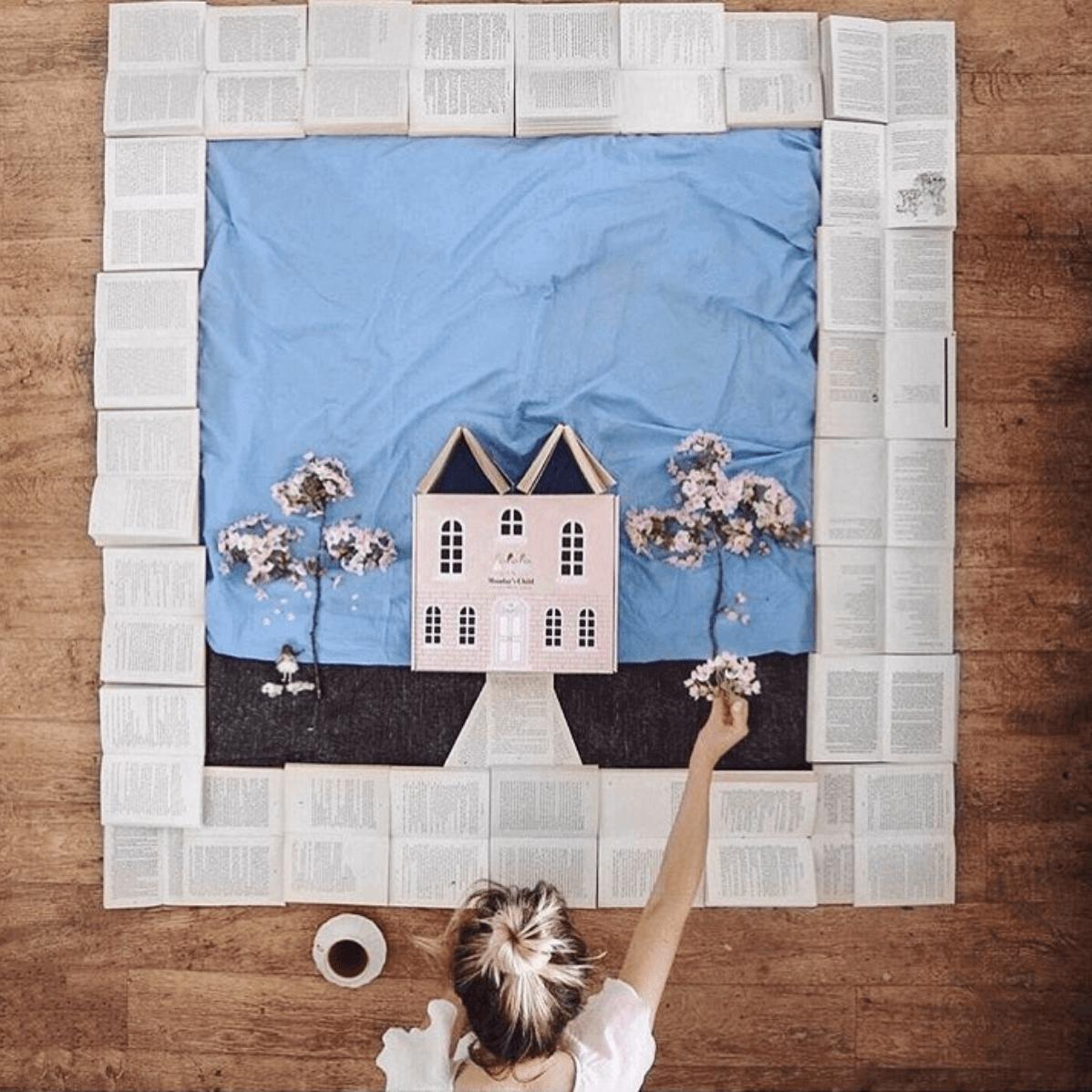 Carton écologique réutilisable de la marque Monday's Child conçu par Packhelp
