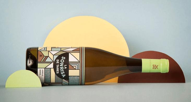diseñar etiquetas de vino packhelp