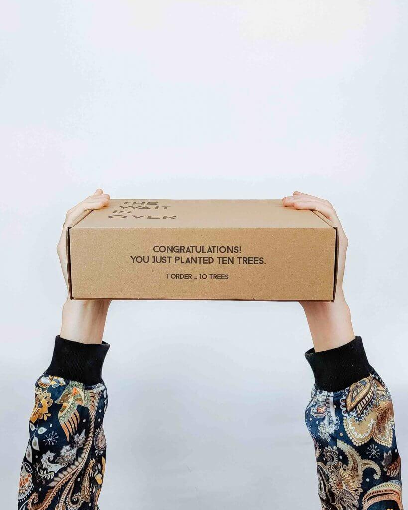 pudełko z recyklingowanej tektury