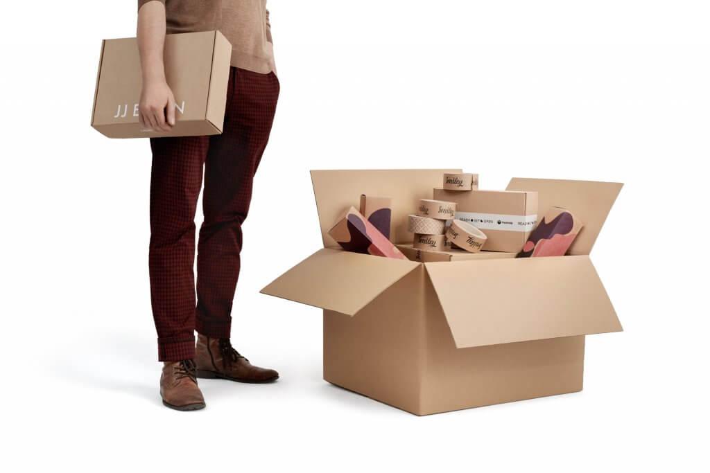 pudełka kartonowe do wysyłki z klapą
