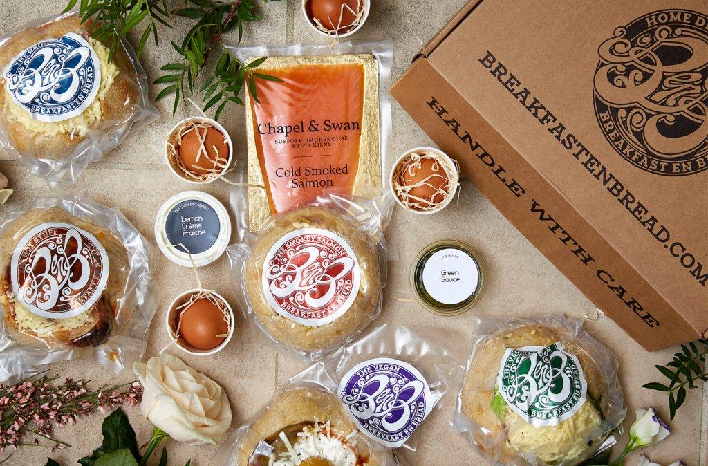 Breakfast en Bread logo packaging